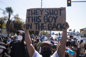 PHOTOS: The March On Compton Sheriff's Station To Protest The Shooting Of Andres Guardado