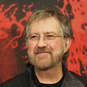 'The Texas Chain Saw Massacre' Director Tobe Hooper Dies At 74