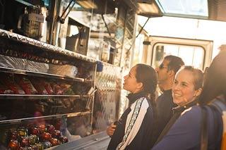 food-truck-customers.jpg