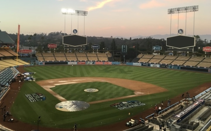 Going To Dodger Stadium For World Series Game 5? Here's How To Avoid The Traffic
