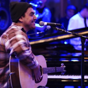 Pomona Throws A Giant Parade For Its Hometown 'American Idol' Finalist Alejandro Aranda