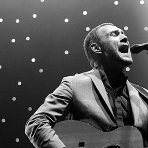 Win a Pair of Tickets to See David Gray Live @ Royce Hall