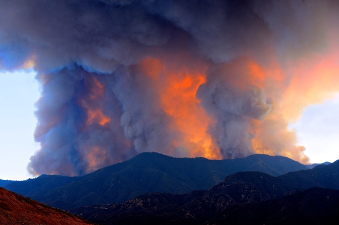 These Photos From The Holy Fire In OC Are Terrifying